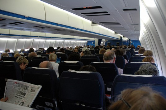 airplane_inside_535_355