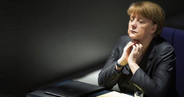 Πρώην επίσημο μέλος της ΕΚΤ: Η Μέρκελ ήταν έτοιμη να πετάξει τους Έλληνες εκτός ευρώ αλλά τους κράτησε μετά απο παρέμβαση της Κίνας!